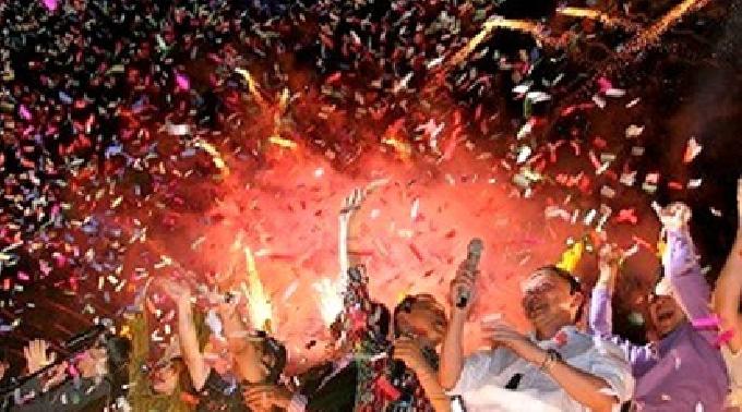 【六本木:カウントダウンパーティ】★Special CountDown party 2013!カウントダウンパーティ~@西麻布 GALLERY ROPPONGI★抽選会&振る舞い酒など!!★