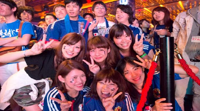 【銀座CULB DIANA:6/20サッカーW杯応援イベント】★日本2戦目サッカー日本代表VSギリシャ代表をみんなで応援&観戦!300インチ超大型スクリーン&~嬉しいドリンク飲み放題~